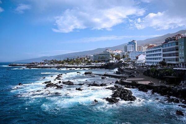 puerto cruz Tenerife 4799174_640