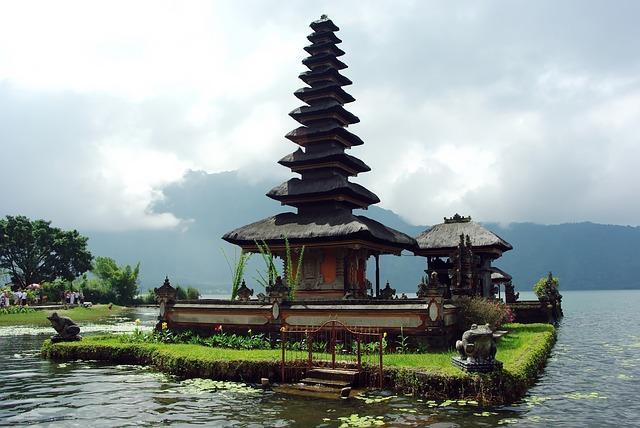 indonesia 1578647_640