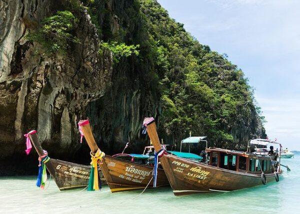 phi phi island tour 1497801_640