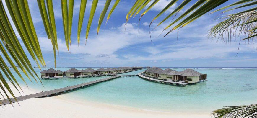 paradise island pano 03 scaled 1
