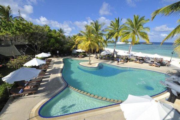 Paradise_Island_Swimming Pool 04 scaled