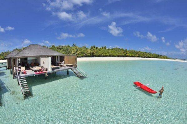 Paradise_Island_Water Villa Exterior 01 scaled