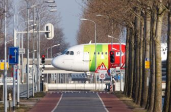 TAP Air Portugal_etienne jong lWOxq8tkMYY unsplash